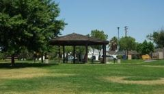 Roeding Heights Park
